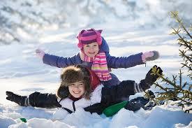 Anche d'inverno proteggi la pelle tua e del tuo bambino dal sole sia in montagna che in citta!
